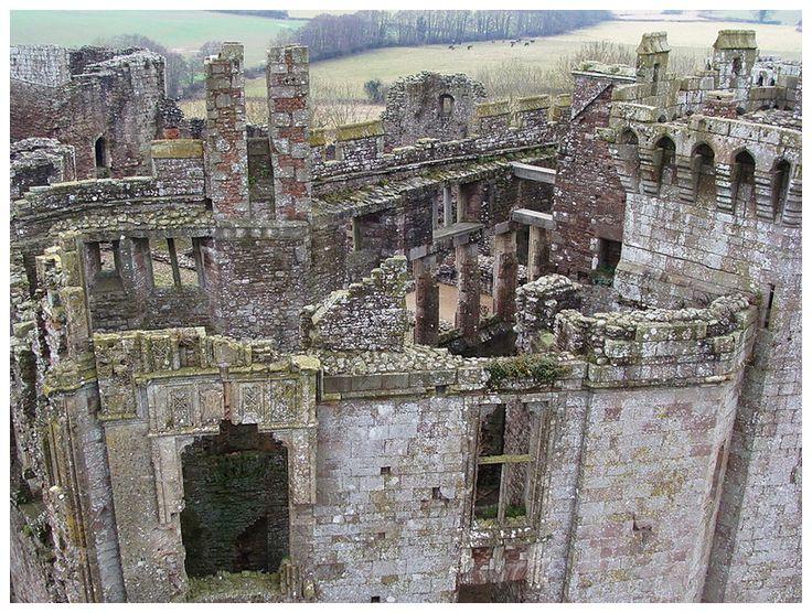 The remains of Raglan Castle where the gnome Alasdair Toddington was born in 1444.