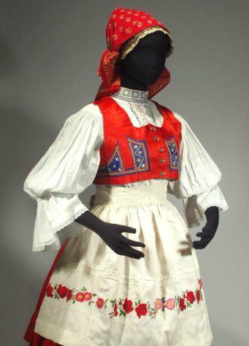 Czech Folk Costume Kyjov Moravian Kroj Embroidered Apron Wool Skirt Vest Blouse | eBay