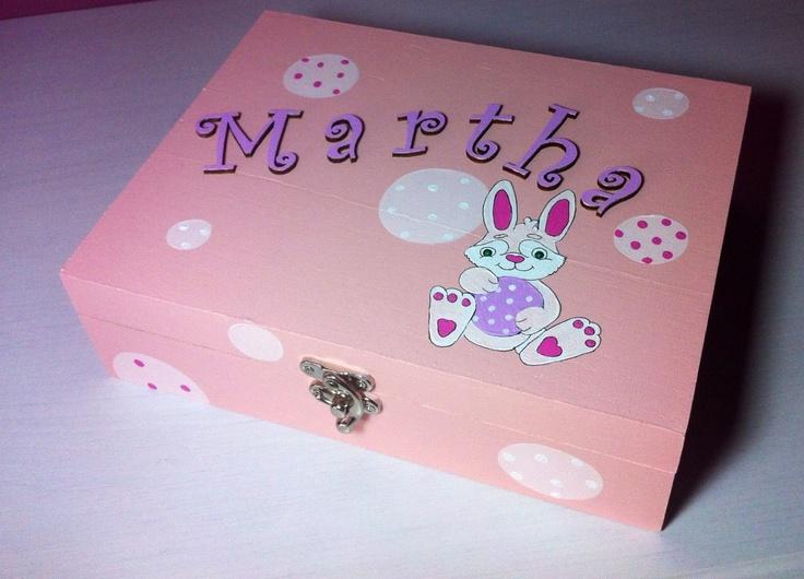 Keepsake box for newborn Martha