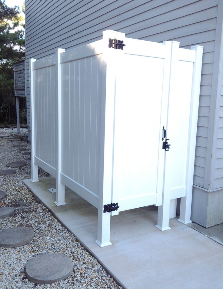 top 25 best outdoor shower enclosure ideas on pinterest. Black Bedroom Furniture Sets. Home Design Ideas