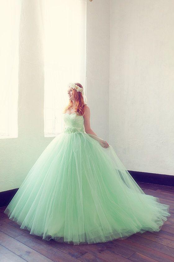 さわやかなグリーンカラーのカラードレス SS5591GR