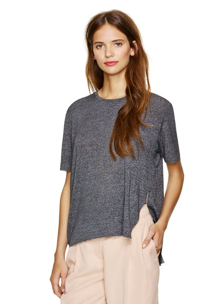WILFRED ABORNER T-SHIRT - A sexy side slit elevates a classic crew #ARITZIACLEANSLATE