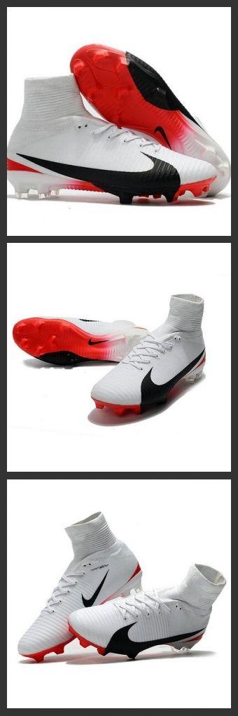 Nuove Scarpa da calcio Nike Mercurial Superfly V FG Bianco Rosso Nero.La scarpa da calcio per terreni duri Nike Mercurial Superfly V - assicura la massima stabilità e un tocco di palla eccezionale. I tacchetti sono espressamente progettati per una trazione superiore sui campi in erba corta.