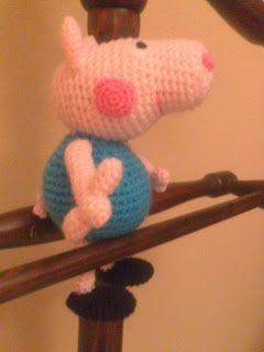 George Pig ( hermano Peppa Pig) ~ Patrón Gratis en Español aquí: tallerdemao.blogspot.com.es/search/label/George%20Pig%20%28P%29?m=0