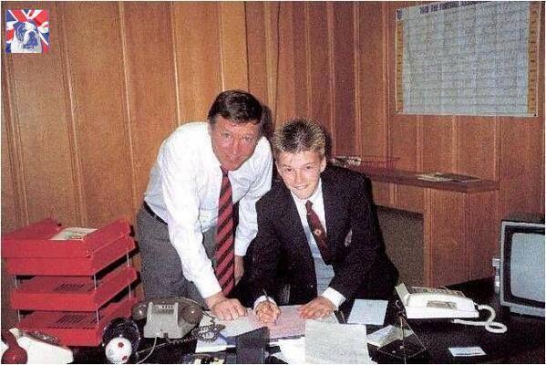 22 anni fa Beckham firmava per Manchester United Football Club