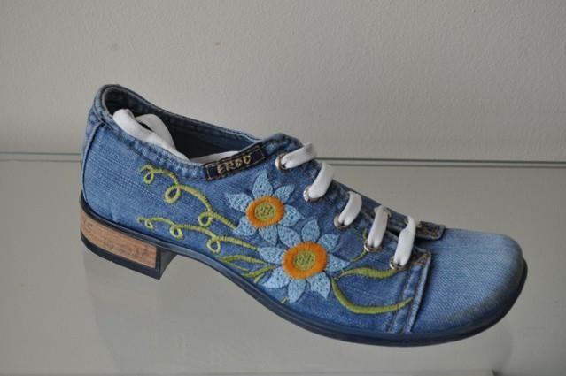 Джинсовая обувь esax