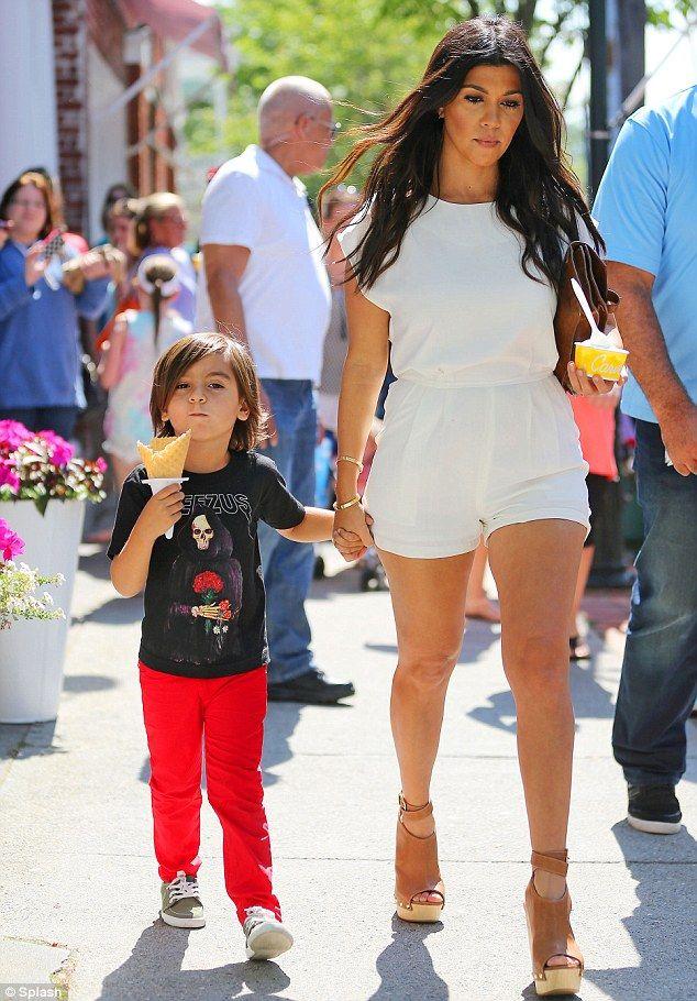 pregnant kourtney kardashian treats herself and son mason