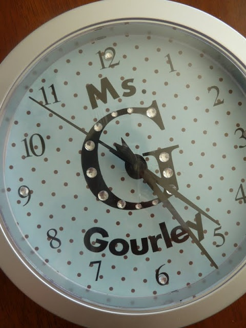 Home Delicious: Teachers End of the Year Gift: Personalized Clock (with some bling)