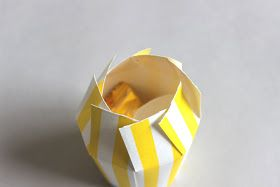 おとなのずがこうさく: 簡単バレンタインラッピング♡『紙コップを使おう!』