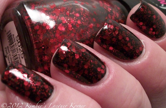 FREE SHIPPING RUBY SLIPPERS NAIL POLISH SPARKLE GLITTER RED BLACK UNUSUAL ENAMEL $5.95