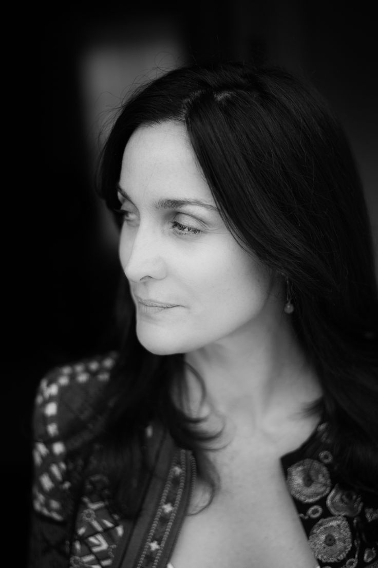 25+ bästa Carrie anne moss idéerna på Pinterest | The ...