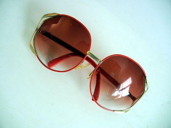 1970s sunglasses / Seeing Red Big Oversized Vintage 70's Enamel Sunglasses
