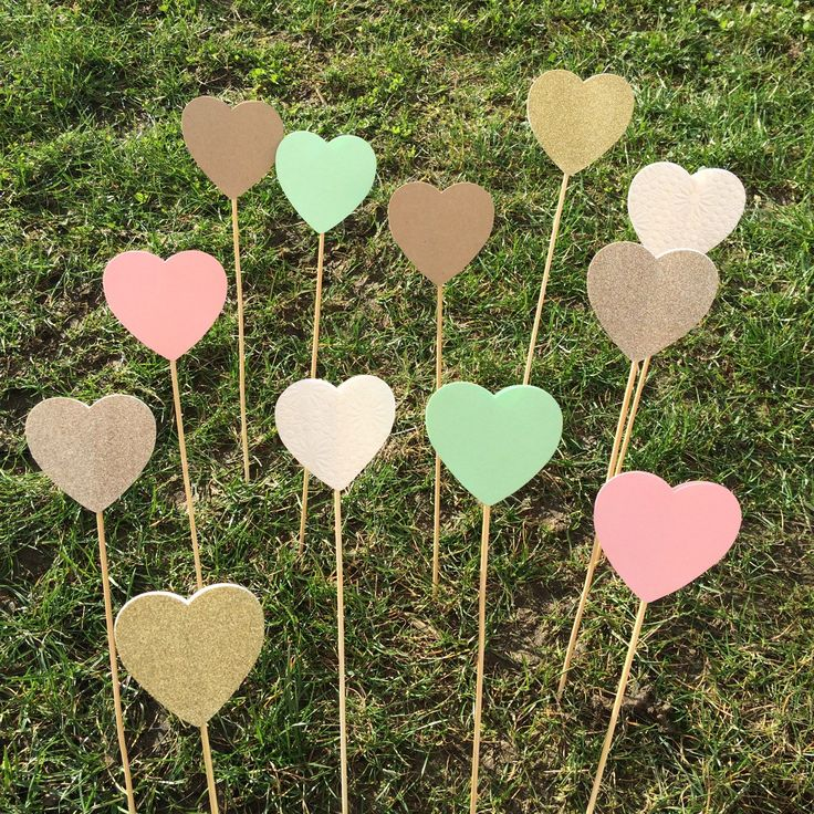 New colour options of heart lollipops now available!