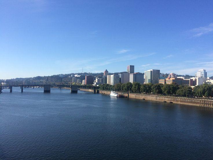 Willamette River Portland © Sarah Murphy