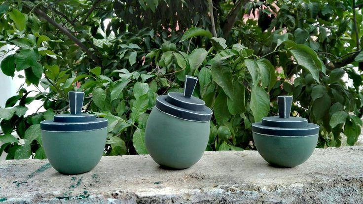 #handbuilded #jars #lid #ceramic #artwork #minimal #theodora #tsirakoglou