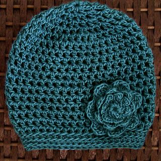 Cute slouchy hat.  There are free pattern links for matching fingerless gloves and a cowl.    Martha Hat ~ free pattern
