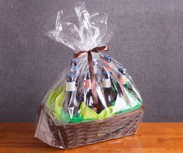 How to Make a Beer Gift Basket Arranged Like Flowers