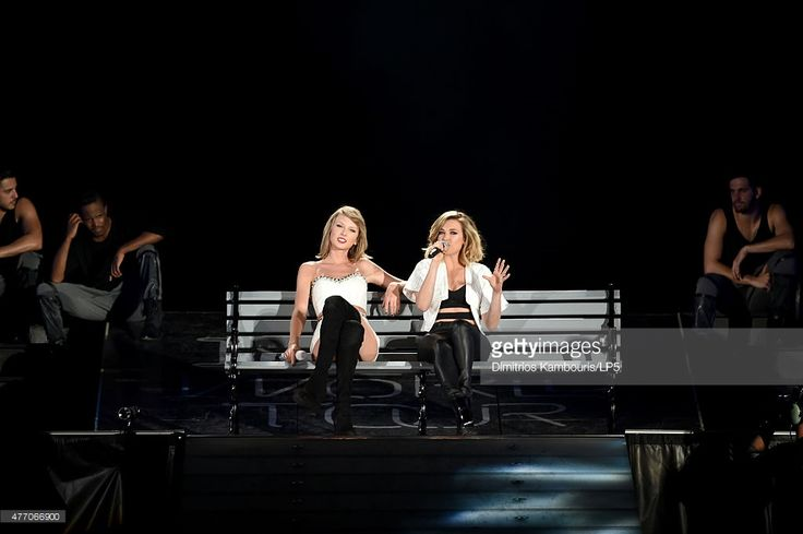 Taylor Swift performs onstage with musician Rachel Platten during The 1989 World Tour on June 13, 2015 at Lincoln Financial Field in Philadelphia, Pennsylvania.