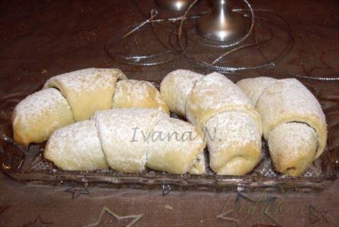 Picture of Recept - Křehoučké rohlíčky ze zakysané smetany