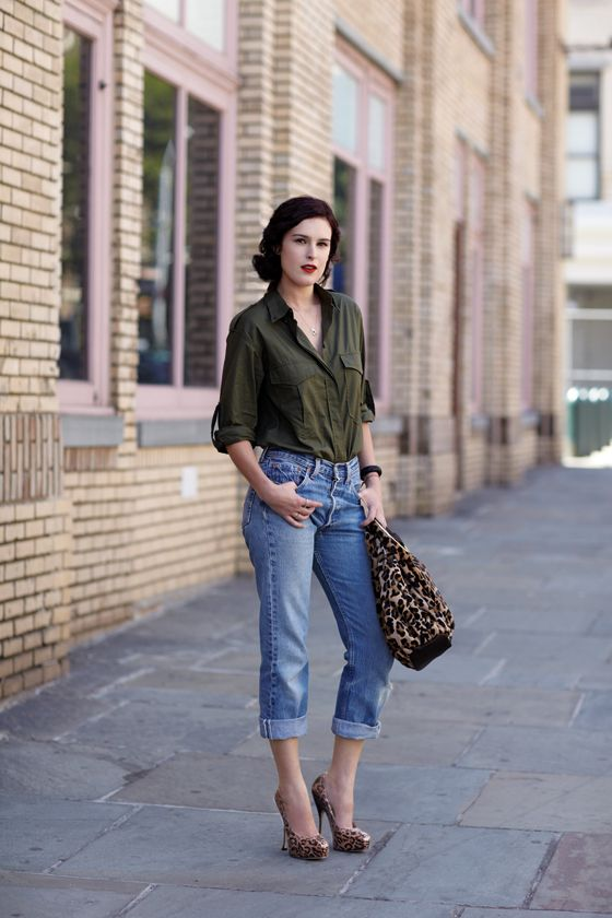 .: Army Green, Denim Style, Casual Chic, Jeans Bags, Rumer Willis, Leopards Prints, Boyfriends Jeans, Woman Style, Cuffed Jeans