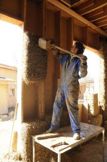 écovillage en france construction