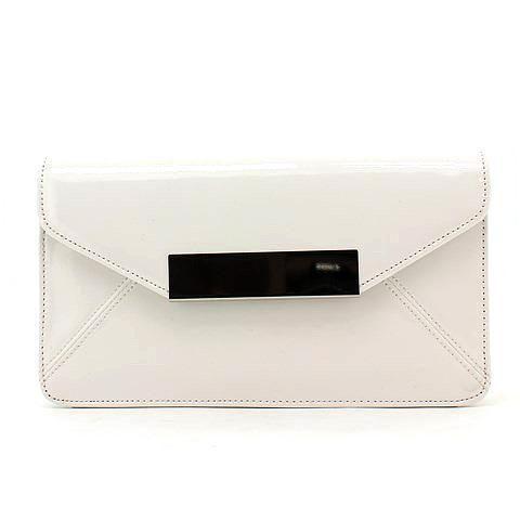 WANDERLUST clutch in white. #mybetsonBetts #BettsRaceDayReady #BettsShoes