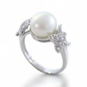 Engagement Pearl Wedding Rings - Go to StellarPieces.com for even more stunning jewelry!