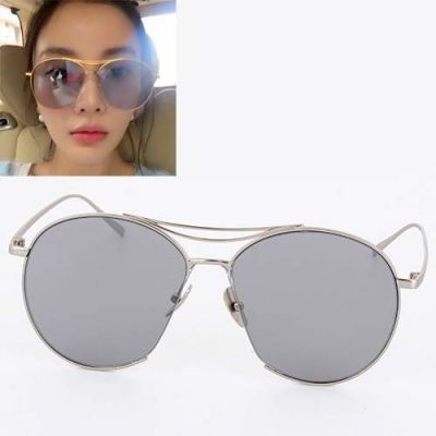 Cat Eye Shape Frame Decorated Simple Design Silver Color. Simple and must have it! REPIN if you love it.😍 Only 174.5 IDR