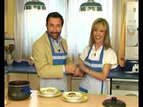 Jose manuel parada y sus calamares en su salsa recetas - Sopa castellana youtube ...