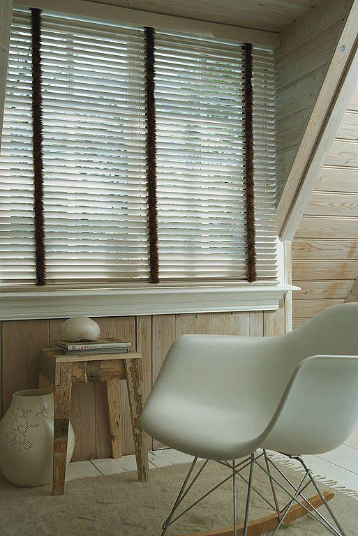 Holzjalousien nach Maß - Howalux GmbH - Jalousien-, Markisen- und Rollladenbau