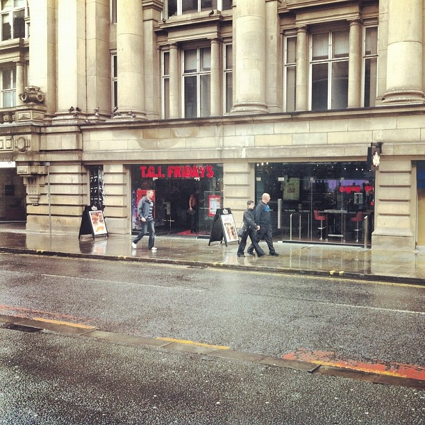 OMG!!! Manchester FINALLY has a  #tgifridays !!! bout friggin time!!  OMG!!! Manchester FINALLY has a  #tgifridays !!! bout friggin time!!