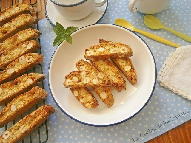 Carquiñolis de avellanas y caramelos toffee
