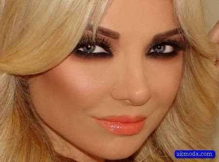 awesome Sarışın Bayanlara Yakışan Makyaj Önerileri