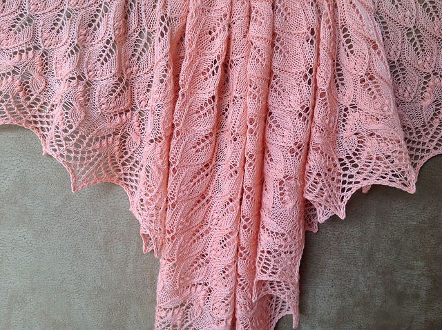 1271 best images about knit blankets and shawls on Pinterest Knit patterns,...