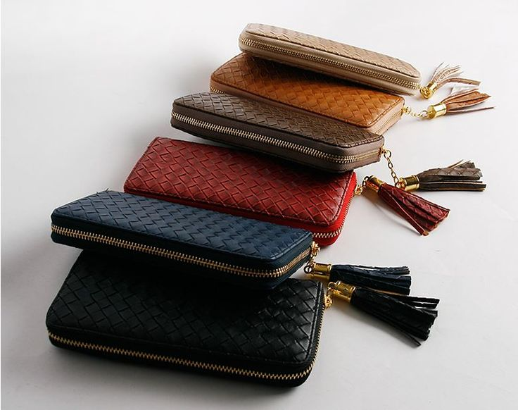 vintage style leather wallet :) enough place to carry things !  AU$17.63