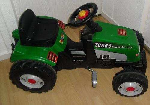 traktor zum selberfahren mit pedalen von smoby bis 19 uhr. Black Bedroom Furniture Sets. Home Design Ideas
