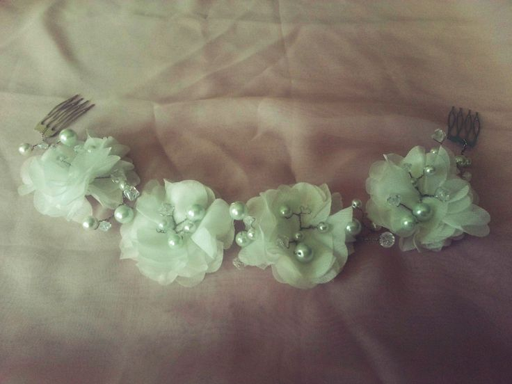 white bridal headband, pearls, flowers