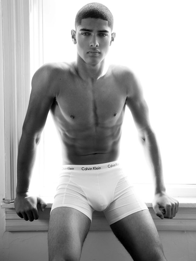 Calvin Klein Model Torin Verdone Shows His Mycalvins