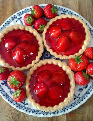 Summer Berry Tarts | Utterly Scrummy Food For Families