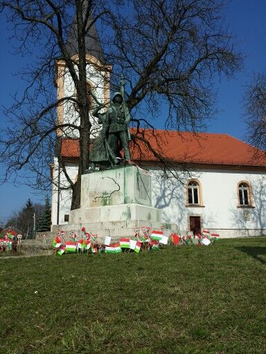 Flags and flowers honoring the #Hungarian Revolution  celebrated March 15th #Budapest