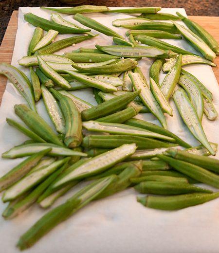 Pat dry the prepped okra