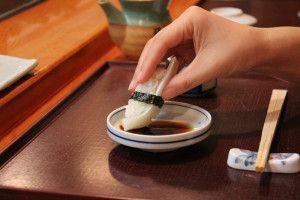 Tips menyantap sushi