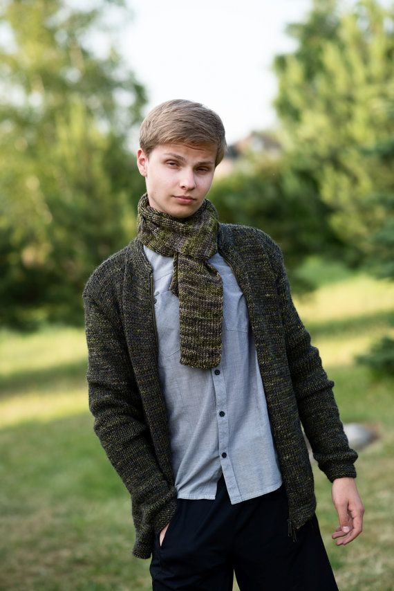Men's  sweater in different shades of green  by Isabellwoolstudio #menssweater, #menscardigan, #green menscardigan