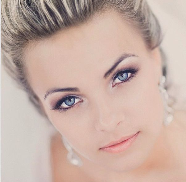 Wedding makeup/ Softer idea...really love this! Almost pinned it twice. I think this is a sign!