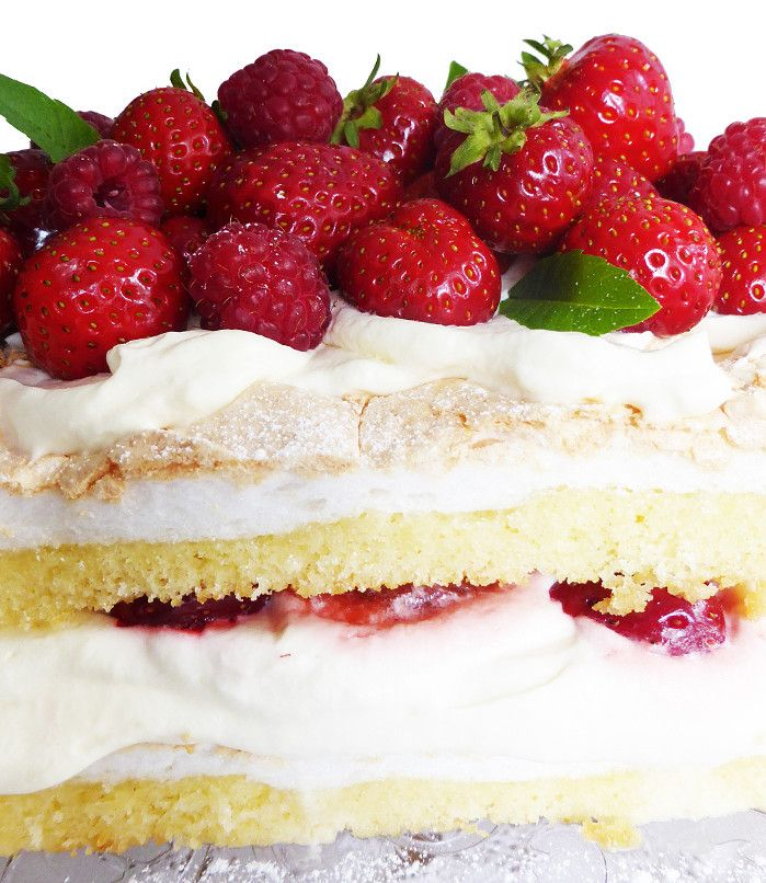 Midsummer Merengue Layer Cake with Rhubarb and Strawberries.