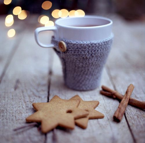 ★ Cosy up with a warm chai tea latte....Winter is coming.