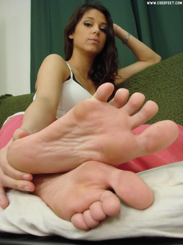 Female foot fetish tubes
