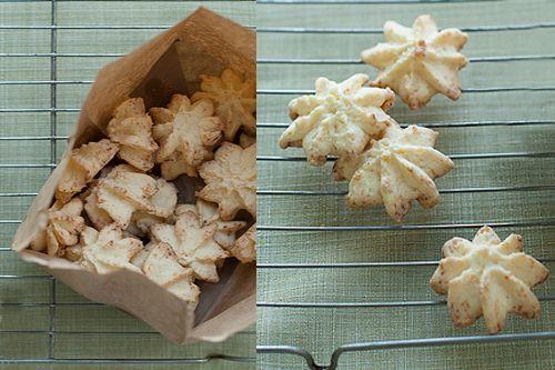 Gluten Free Old Fashioned Spritz Cookies | 12 Days of Holiday Cookies | Glutenfreeda Blog