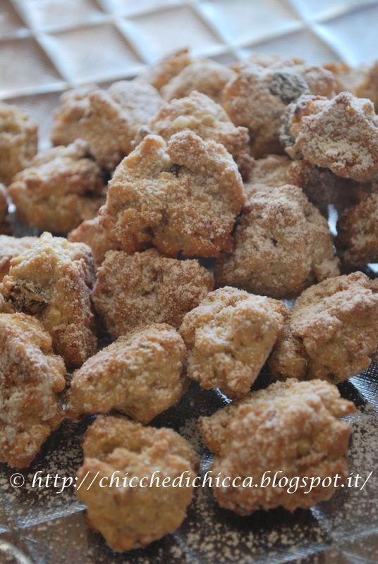 Una ex collega di lavoro nei giorni di Natale mi ha fatto assaggiare questi biscottini savolosi che ho voluto riprovare e dopo aver...