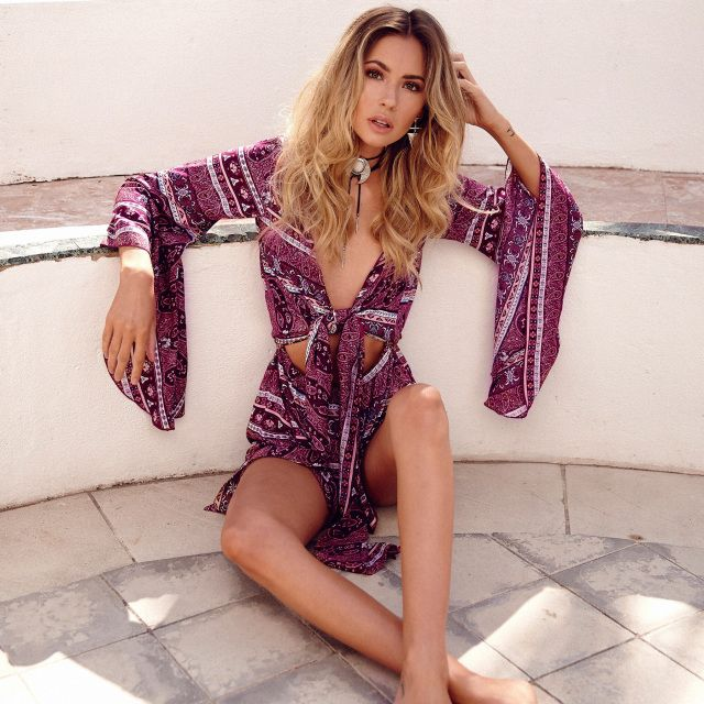 Le Salty Elke Romper Playsuit in Berry  || $89 || From Minx + Pearl || Shop the look via the link in our bio || www.minxandpearl.com